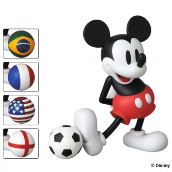 VCD MICKEY MOUSE WITH FOOTBALL