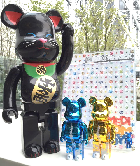 招き猫 黒 1000%、BE@RBRICK 東京スカイツリータウン400% GOLD/LIGHT BLUE、DISPLAY BLISTER BOARD MULTI COLOR Ver.w/PEARL BLUE BE@RBRICK