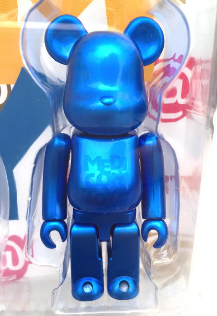DISPLAY BLISTER BOARD MULTI COLOR Ver. w/PEARL BLUE BE@RBRICK