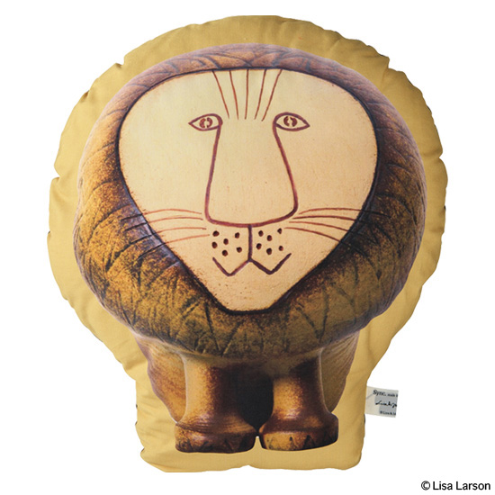 "PLUSH CUSHION ""PHOTO LION"""