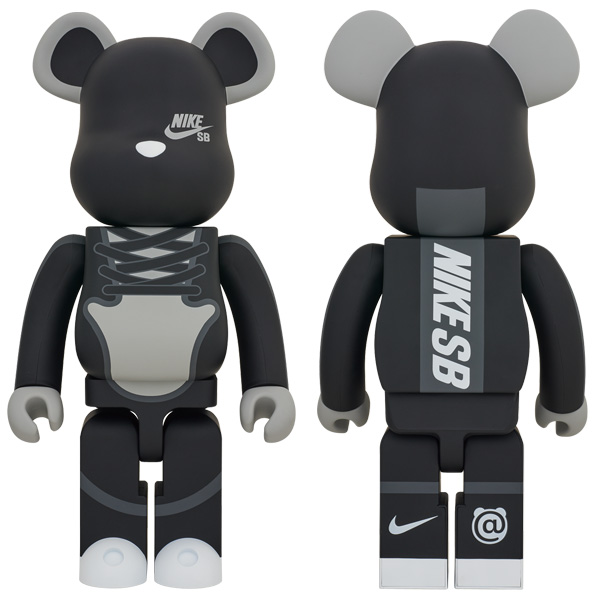 BE@RBRICK NIKE SB BLACK 1000%