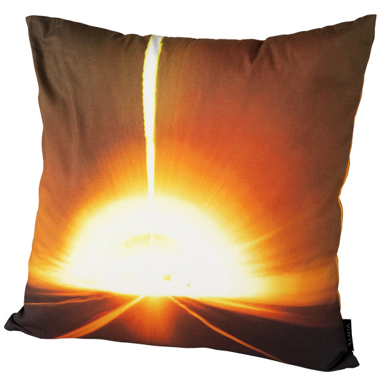 "VINYL ""LUNA SEA"" CUSHION SHINE"