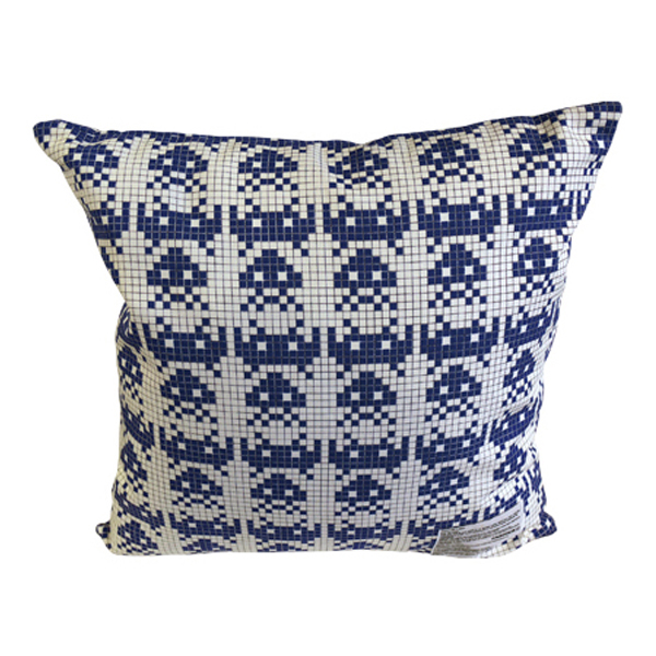 MLE SPACE INVADERSシリーズ SQUARE CUSHION COVER + PILLOW