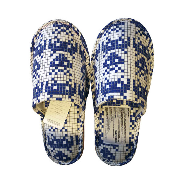 MLE SPACE INVADERSシリーズ SLIPPERS