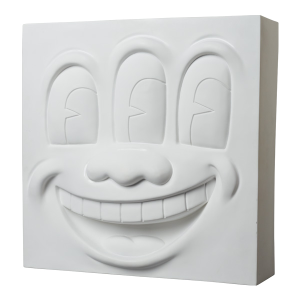 Three Eyed Smiling Face STATUE WHITE Ver.